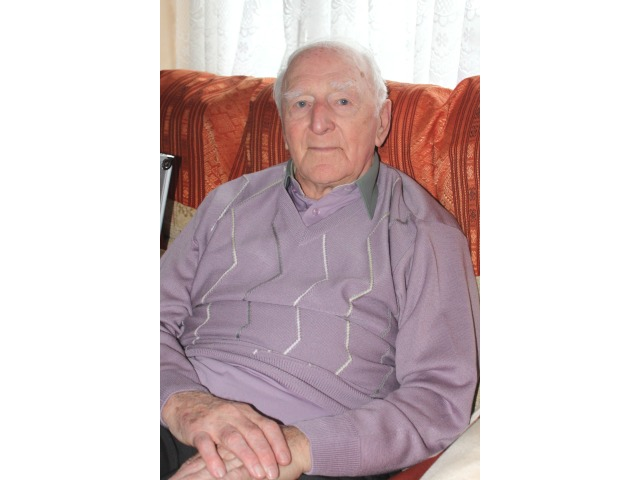 Mr Hector Duff picture at his home in 2013
